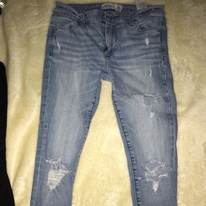 Low rise jeans
